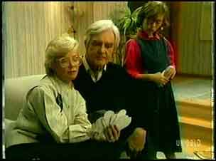 Helen Daniels, Douglas Blake, Lucy Robinson in Neighbours Episode 0162
