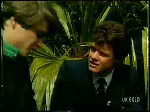 Scott Robinson, Paul Robinson in Neighbours Episode 0162