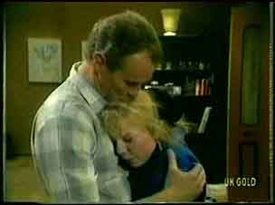 Jim Robinson, Terry Inglis in Neighbours Episode 0163