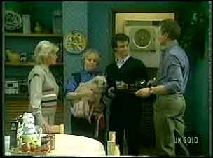Helen Daniels, Terry Inglis, Basil, Paul Robinson, Jim Robinson in Neighbours Episode 0163