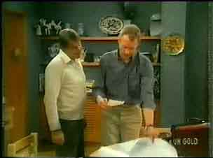 Ross Warner, Jim Robinson in Neighbours Episode 0165