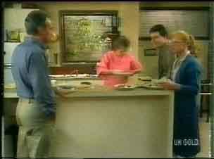 Jim Robinson, Daphne Clarke, Des Clarke, Sarah Richards in Neighbours Episode 0166