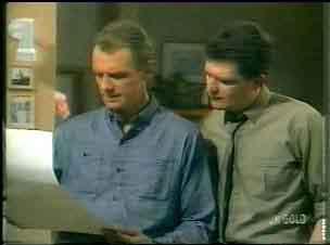 Jim Robinson, Des Clarke in Neighbours Episode 0166