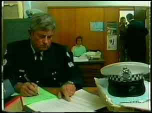 Police Officer, Daphne Clarke in Neighbours Episode 0168
