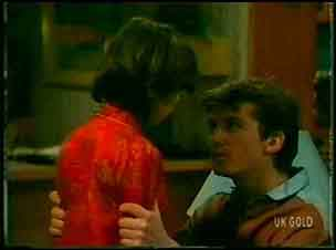Lucy Robinson, Danny Ramsay in Neighbours Episode 0168