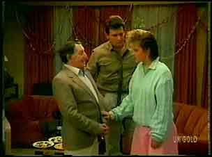 Harry Henderson, Des Clarke, Daphne Clarke in Neighbours Episode 0168