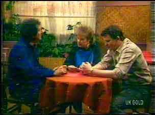 Max Ramsay, Daphne Clarke, Des Clarke in Neighbours Episode 0169