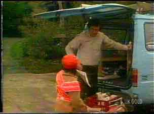 Max Ramsay, Lucy Robinson in Neighbours Episode 0169