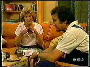 Madge Bishop, Max Ramsay in Neighbours Episode 0172