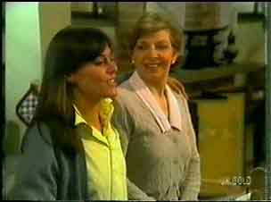 Zoe Davis, Eileen Clarke in Neighbours Episode 0173