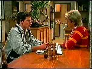 Danny Ramsay, Shane Ramsay in Neighbours Episode 0174