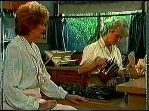 Madge Bishop, Helen Daniels in Neighbours Episode 0174