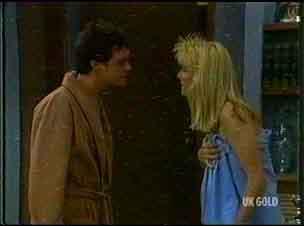 Paul Robinson, Carol Naylor in Neighbours Episode 0176