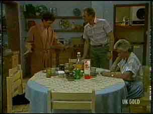 Paul Robinson, Jim Robinson, Helen Daniels in Neighbours Episode 0176