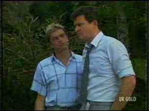 Shane Ramsay, Des Clarke in Neighbours Episode 0176