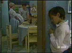 Helen Daniels, Paul Robinson, Lucy Robinson in Neighbours Episode 0176