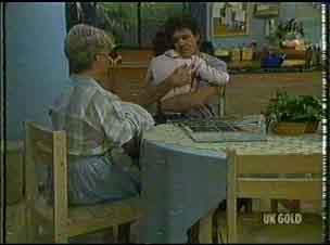 Helen Daniels, Lucy Robinson, Paul Robinson in Neighbours Episode 0176