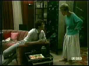 Detective, Daphne Lawrence in Neighbours Episode 0177