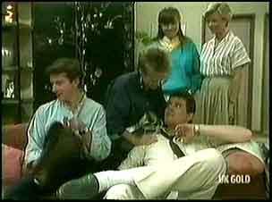 Danny Ramsay, Daphne Clarke, Nikki Dennison, Des Clarke, Helen Daniels in Neighbours Episode 0177