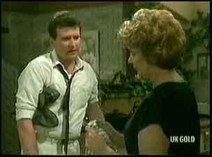 Des Clarke, Madge Bishop in Neighbours Episode 0177