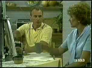 Jim Robinson, Madge Bishop in Neighbours Episode 0178
