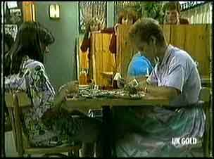 Zoe Davis, Daphne Clarke in Neighbours Episode 0178