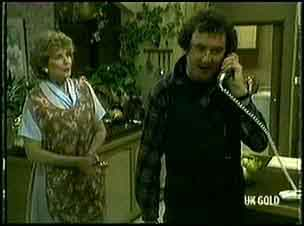 Madge Bishop, Max Ramsay in Neighbours Episode 0178