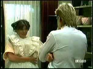 Zoe Davis, Shane Ramsay in Neighbours Episode 0180