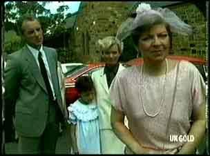 Jim Robinson, Lucy Robinson, Helen Daniels, Eileen Clarke in Neighbours Episode 0180