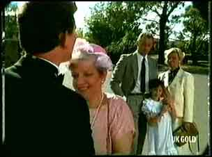 Des Clarke, Eileen Clarke, Jim Robinson, Lucy Robinson, Helen Daniels in Neighbours Episode 0180
