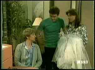 Eileen Clarke, Paul Robinson, Zoe Davis in Neighbours Episode 0181