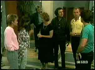 Daphne Clarke, Zoe Davis, Shane Ramsay, Madge Bishop, Max Ramsay, Jim Robinson, Paul Robinson in Neighbours Episode 0181