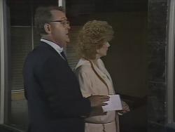 Harold Bishop, Madge Bishop in Neighbours Episode 0445