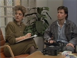 Gail Robinson, Mike Young in Neighbours Episode 0563