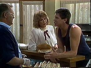 Harold Bishop, Madge Bishop, Joe Mangel in Neighbours Episode 0888