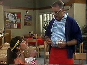 Kerry Bishop, Sky Bishop, Harold Bishop in Neighbours Episode 0888