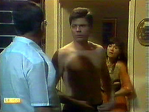 Harold Bishop, Joe Mangel, Kerry Bishop in Neighbours Episode 0895