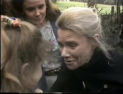 Hannah Martin, Julie Martin, Helen Daniels in Neighbours Episode 1726