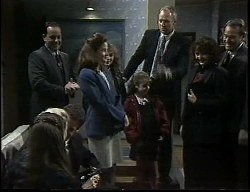 Beth Brennan, Helen Daniels, Paul Robinson, Philip Martin, Julie Martin, Debbie Martin, Hannah Martin, Jim Robinson, Pam Willis, Doug Willis in Neighbours Episode 1726