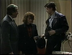 Doug Willis, Pam Willis, Cameron Hudson in Neighbours Episode 1726