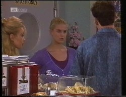 Annalise Hartman, Phoebe Bright, Stephen Gottlieb in Neighbours Episode 1891