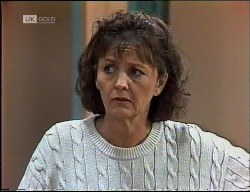 Pam Willis in Neighbours Episode 1900