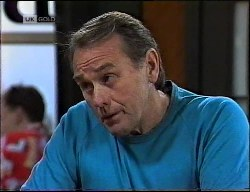 Doug Willis in Neighbours Episode 1900
