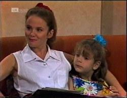 Julie Martin, Hannah Martin in Neighbours Episode 1900