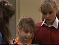 Julie Martin, Hannah Martin, Debbie Martin in Neighbours Episode 1967