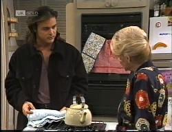 Wayne Duncan, Helen Daniels in Neighbours Episode 1967