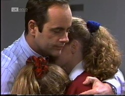 Philip Martin, Hannah Martin, Debbie Martin in Neighbours Episode 1967