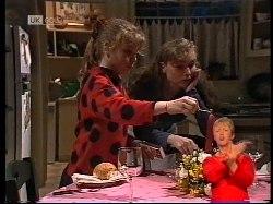 Hannah Martin, Debbie Martin in Neighbours Episode 1978