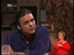Wayne Duncan, Gaby Willis in Neighbours Episode 1978
