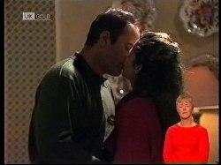 Philip Martin, Julie Martin in Neighbours Episode 1978